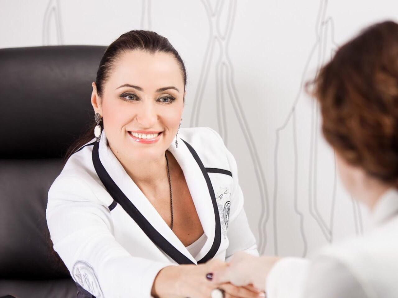 a5bb9a62dc697a Про здоровий глузд та конкретні кроки у постановці власних цілей дізнаємось  з розмови з лікарем, сертифікованим персональним мотиваційним коучем Іриною  ...